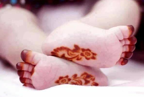 Eid Mehndi Designs for Kids