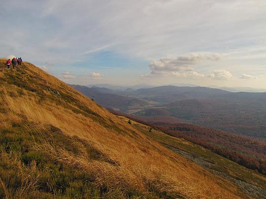 Widok w kierunku Przełęczy Beskid.