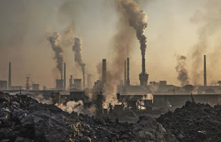 The biggest projected surge in 2017 emissions is in China, where coal consumption increased, in part due to a long dry spell that reduced hydropower, a new study shows. (Credit: Kevin Frayer/Getty Images)