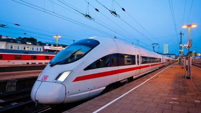 Trem saindo de Amsterdã até Munique