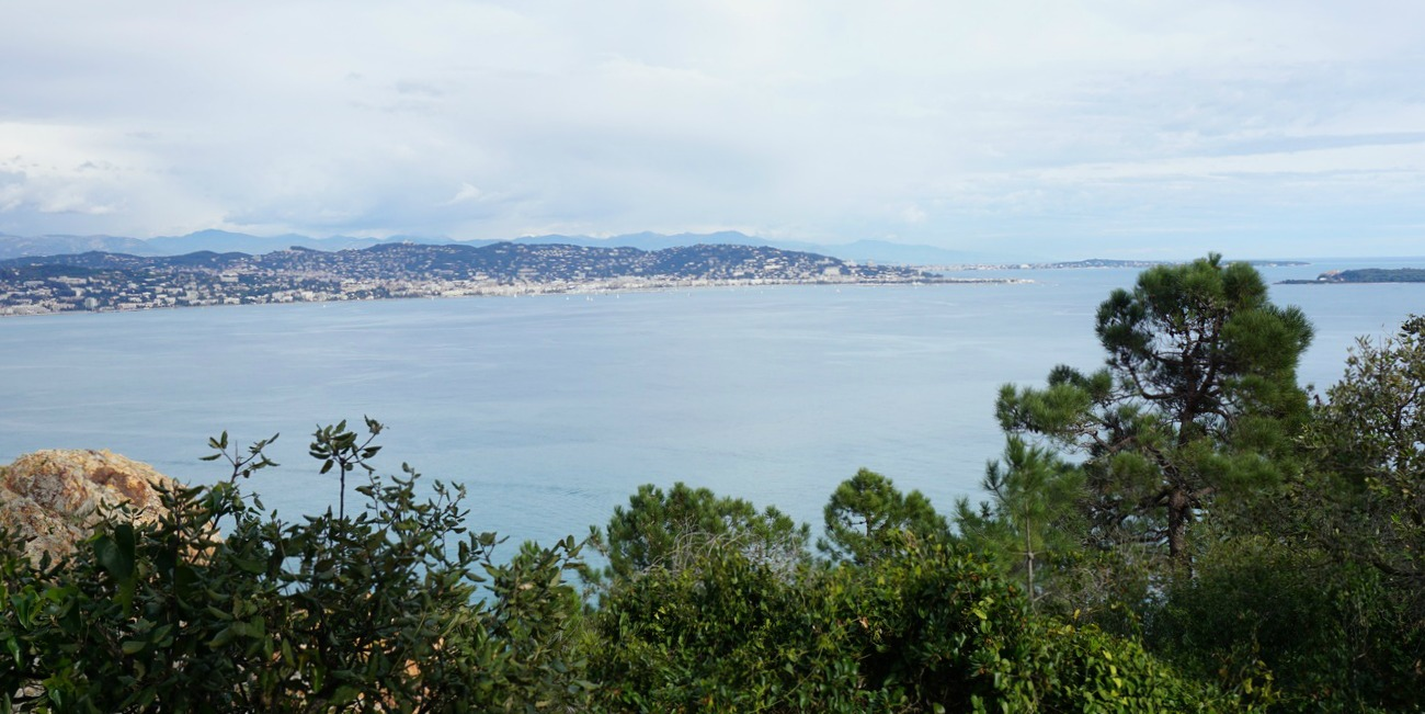 Golfe de la Napoule and Cannes in distance
