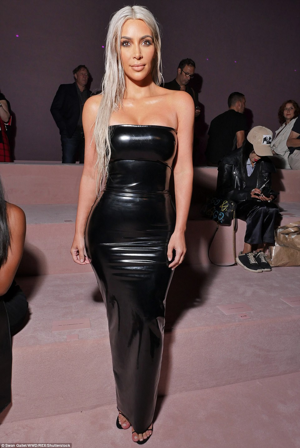 Kim Kardashian Goes Blonde In Sexy Leather Outfit For Tom -6110
