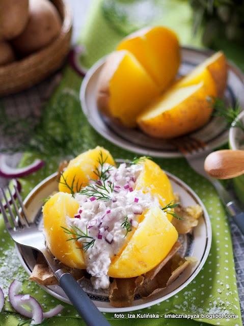 ziemniaki z sosem twarogowym , kartofle , biały ser , gzik , twarożek , kuchnia polska , najlepsze przepisy , wielki post , środa popielcowa , postne potrawy , obiad na piątek