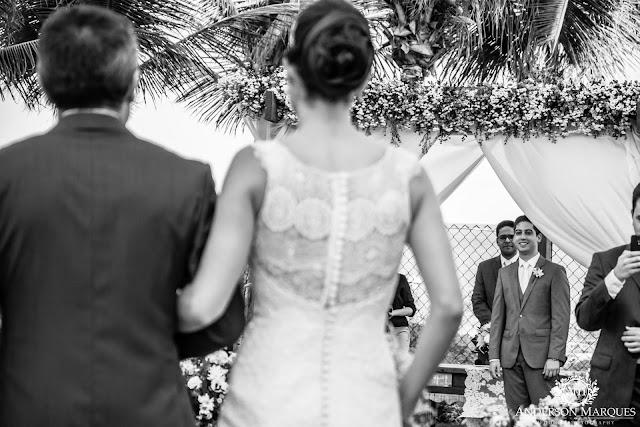 casamento real, destination wedding, mini wedding, cerimônia na praia, casamento ao ar livre, anderson marques, entrada da noiva