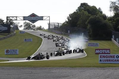 Kohl na liderança em Road America (@ Indianapolis Motor Speedway, LLC Photo)