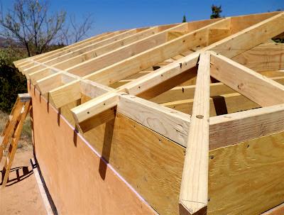 Alt Build Blog Building A Well House 4 Framing The Hip