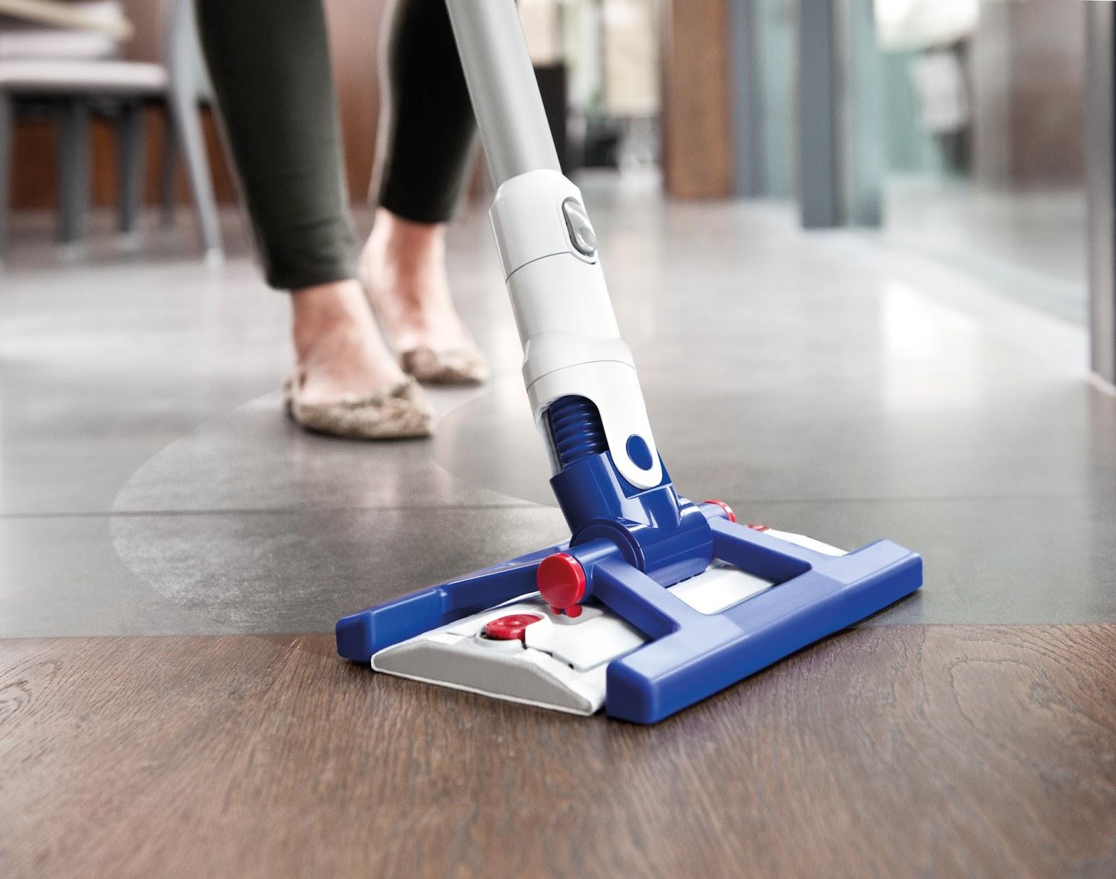 dyson floor cleaner