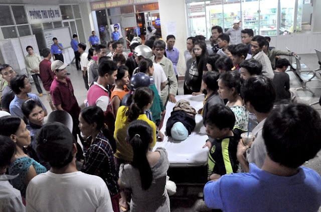 Bé 2 tuổi tử vong gia đình vây bệnh viện Quảng Ngãi