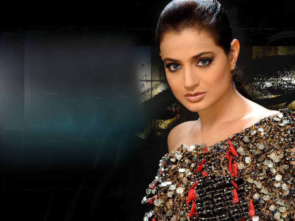 Ameesha Papael Ka Saxy Nangi Photo: Letest Top 10 Amisha Patel Hd Wallpapers And Backgrounds