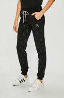 pantaloni-sport-de-firma-femei-2