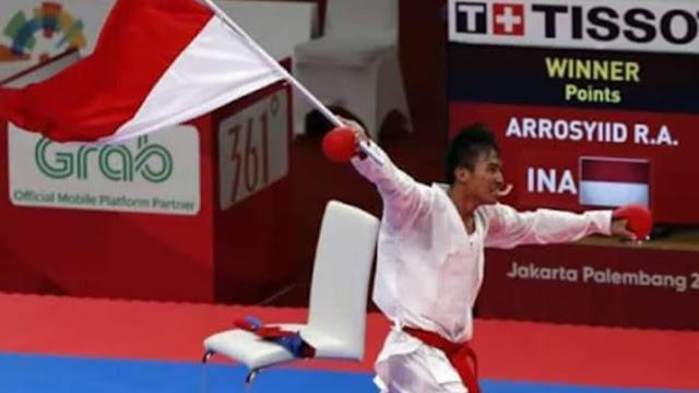 Rifki Penyumbang Emas di Cabor Karate Teryata Anggota TNI
