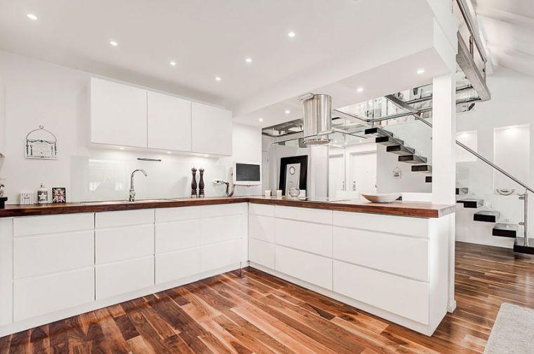 PUNTXET Un ático extremadamente elegante en Estocolmo #decor #decoracion #hogar #home #estilonordico #nordicstyle #kitchen #cocina