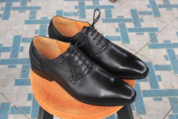 Làm sao để chọn mua được một đôi giày tây nam đẹp-chất lượng?
