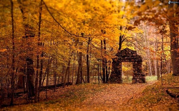 sonbaharda tarihi mekanların resimleri