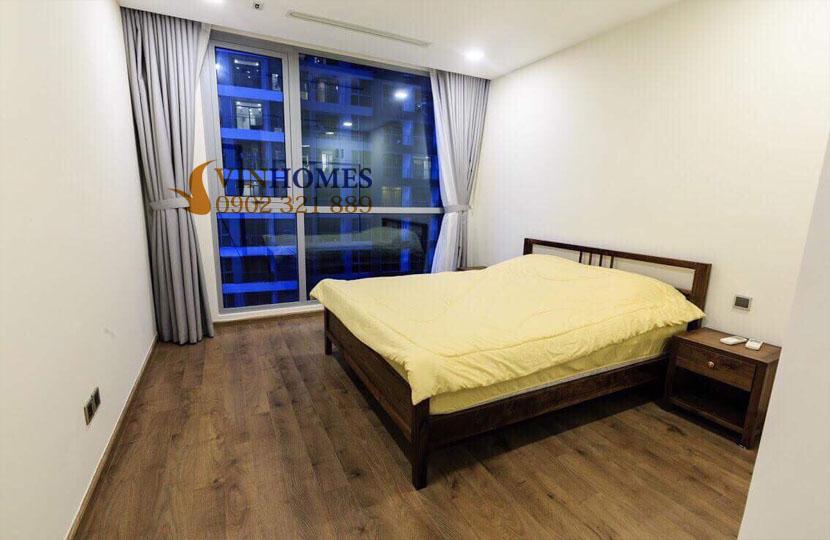 Park 4 Vinhomes cho thuê căn hộ 4 phòng ngủ view trực diện công viên | phòng ngủ phụ
