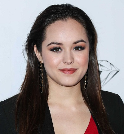 Hayley Orrantia Hottest Pictures