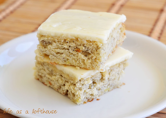 A moist, delicious cake full of banana flavor and topped with a divine browned butter frosting. Life-in-the-Lofthouse.com