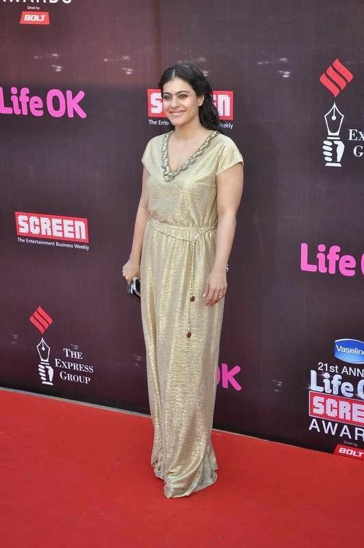 Kajol, Evelyn Sharma, Tabu At Screen Awards 2015