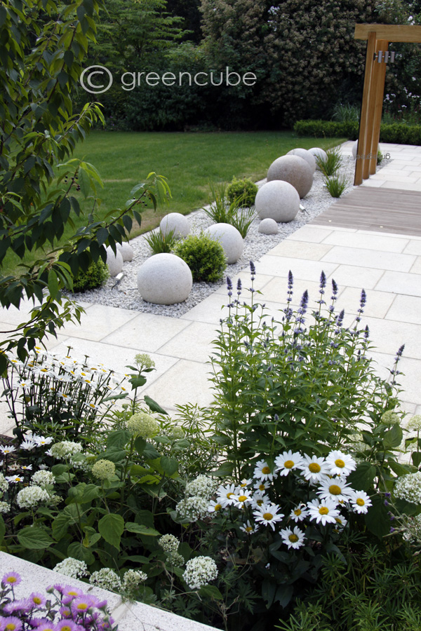 Greencube Garden And Landscape Design, UK: Sculpture In