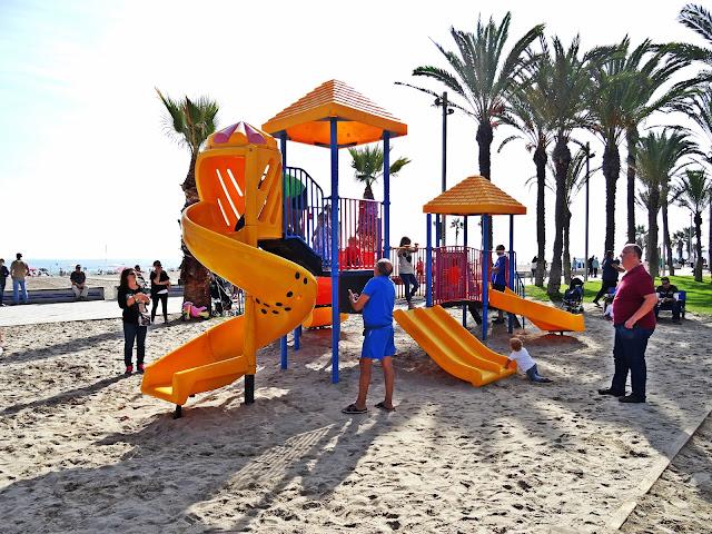 plac zabaw dla dzieci Hiszpania wybrzeże Costa Blanca