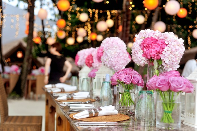 11 Personalized Wedding Details to WOW Your Guests