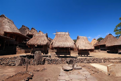 Kampung Bena Adat Purba Warisan Zaman Batu Di Flores