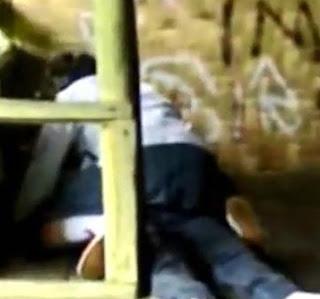 Siswi Madrasah Aliyah Garut Ngeseks di gubuk reot
