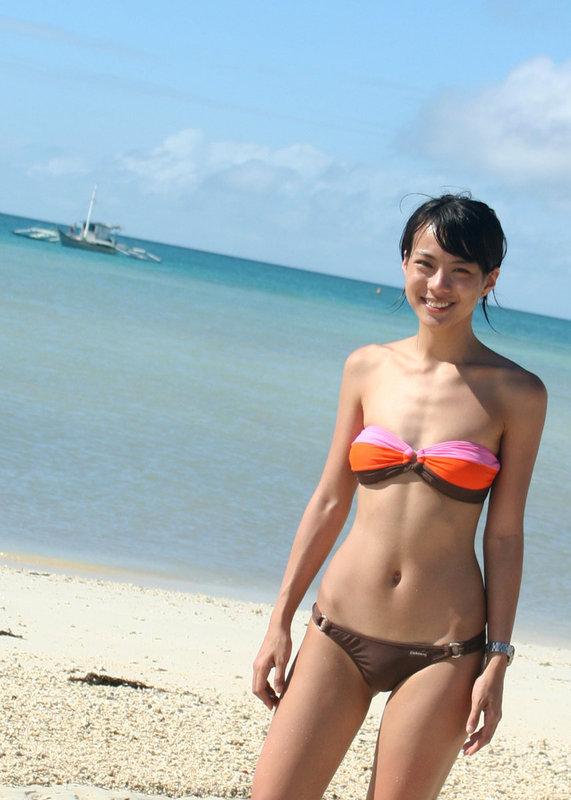 shawn yao sexy bikini pics 01