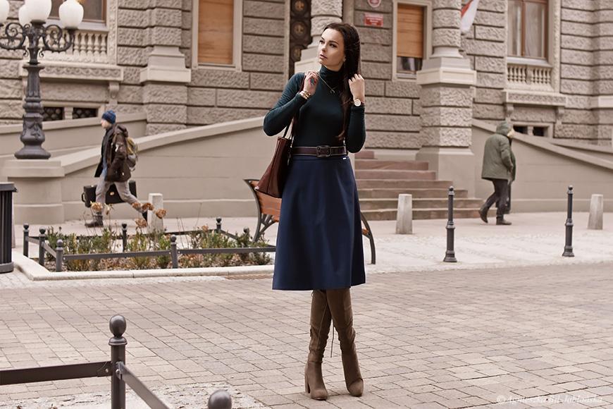 af1d913f741198 Bohaterką dzisiejszego wpisu jest spódnica o wdzięcznej nazwie Jej Wysokość  Smukłość. I ja sama ją zaprojektowałam! Od modelu, przez materiał, ...