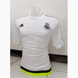 gambar photo kamera jersey training Real madrid warna putih terbaru musim 2015/2016