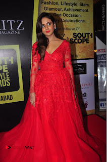 Actress Model Parul Yadav Stills in Red Long Dress at South Scope Lifestyle Awards 2016 Red Carpet  0085.JPG