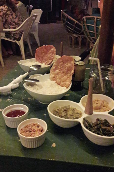 Reis und Curry in Sri Lanka
