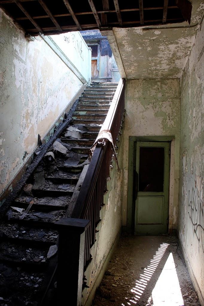 Rancho Los Amigos Hospital, California, USA | 10 Scariest Abandoned Hospitals in the world