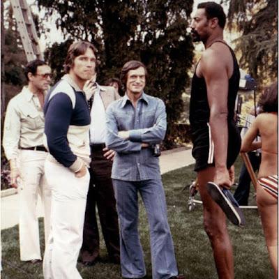 Arnold Schwarzenneger, Hugh Hefner y Wilt Chamberlain