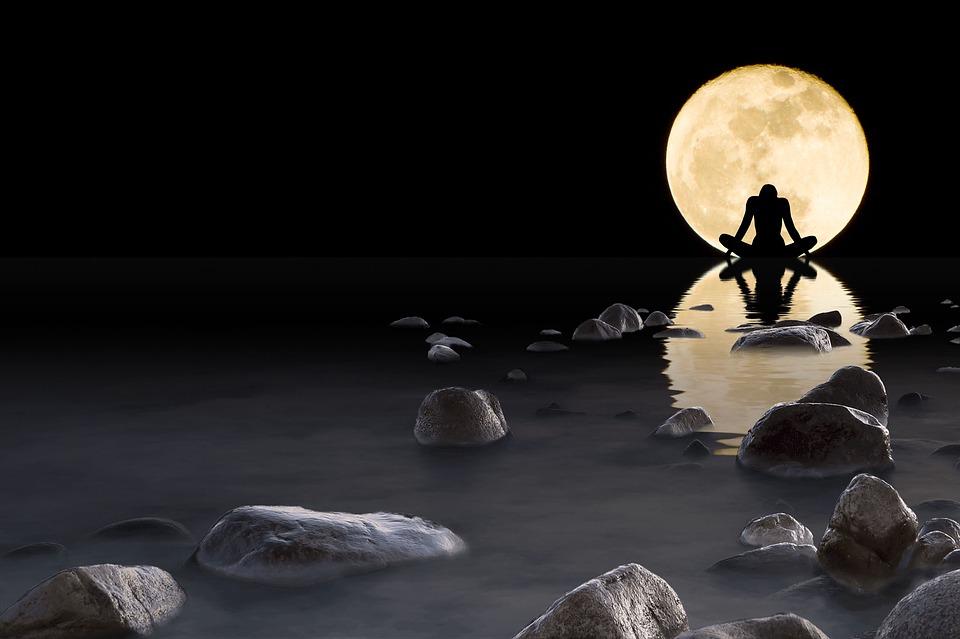Сексуальная привлекательность луна вода