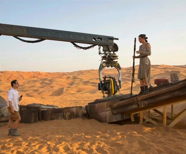 the force awakens behind the scenes