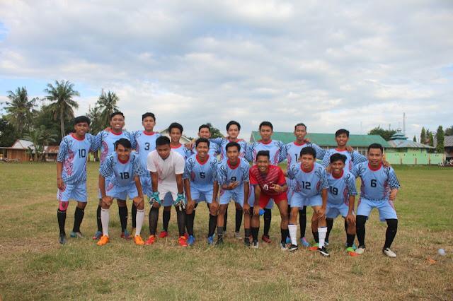 Foto Bersama Tim Sepakbola
