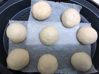 Bahn bao des rois avant cuisson dans panier vapeur du thermomix