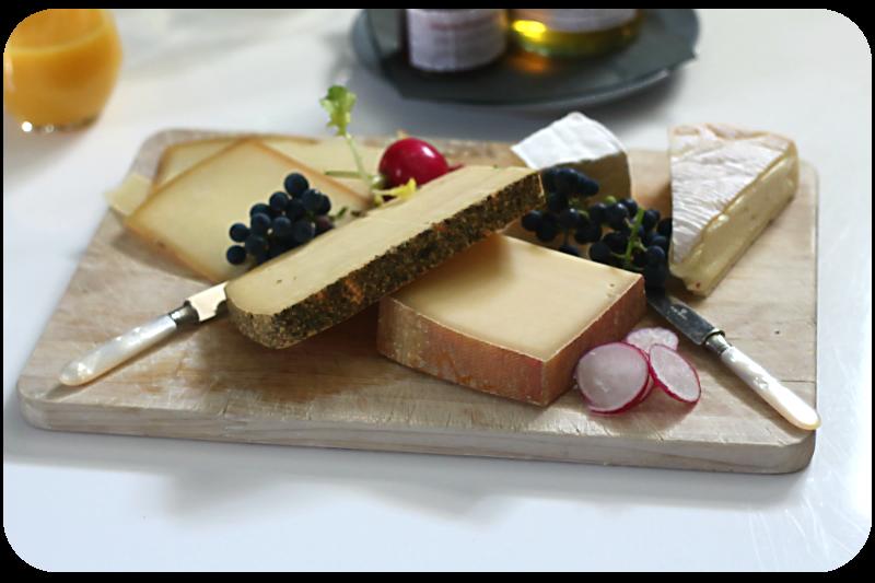 Käseplatte mit Käse aus Bio-Heumilch der Käserebellen | Arthurs Tochter Kocht von Astrid Paul