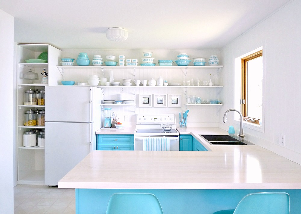 Aqua and White Kitchen Makeover