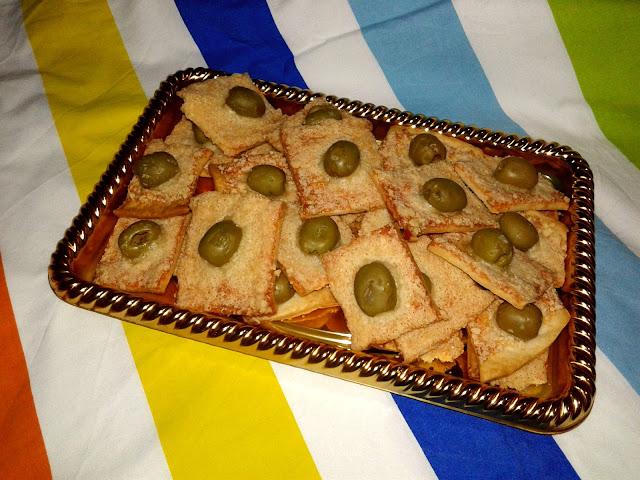 домашній солоний крекер з сиром