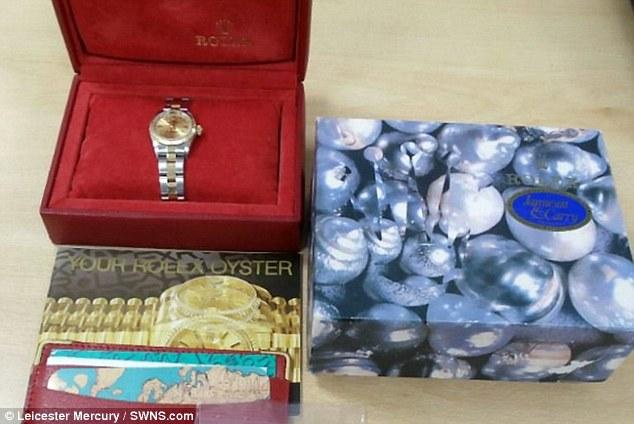 شرطة ليسترشير تبيع ممتلكات مُصادَرَة من المجرمين على موقع eBay