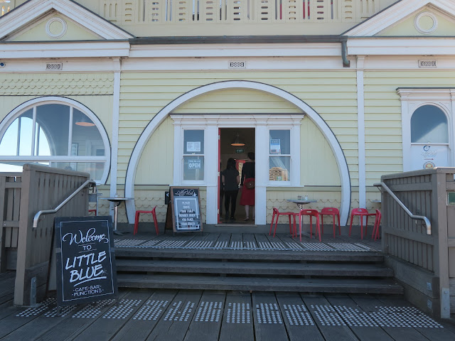 little blue cafe & bar,St Kilda's beach, Melbourne