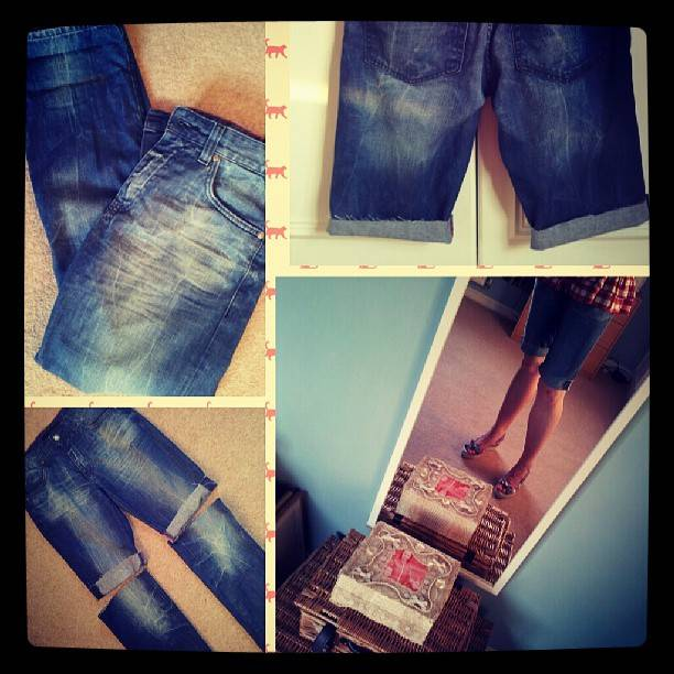 Refashion: 5 Minute Makeover : Old Jeans New Shorts