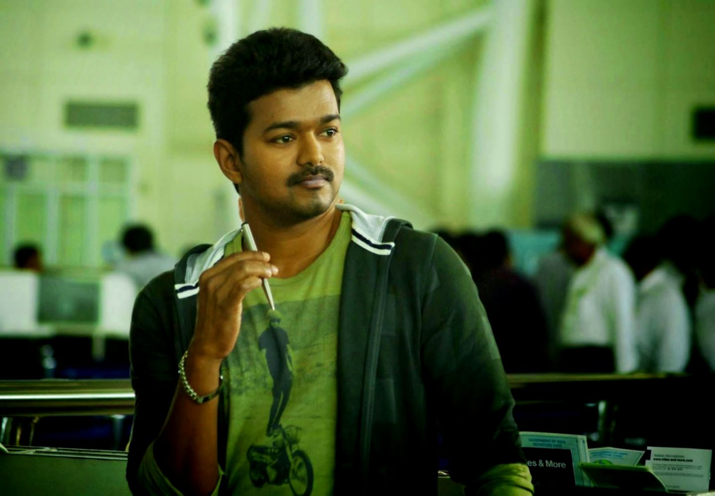 Actor Vijay Hd Desktop Wallpapers Find Wallpapers