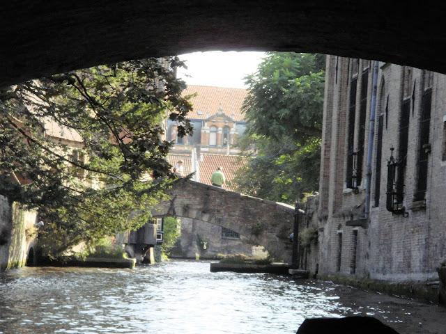 Canaux, Bruges, Belgique, Venise du Nord, Belgium, elisa n, elisaorigami, travel, blogger, voyages, lifestyle