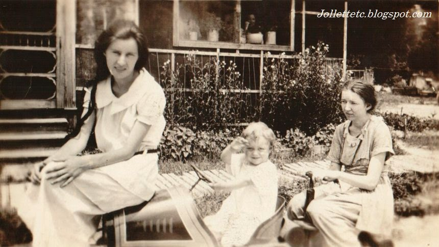 Helen Killeen and Lillie Killeen with John C. Holland about 1920  http://jollettetc.blogspot.com