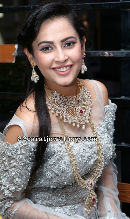 Disha Pandey Diamond Choker and Long Set