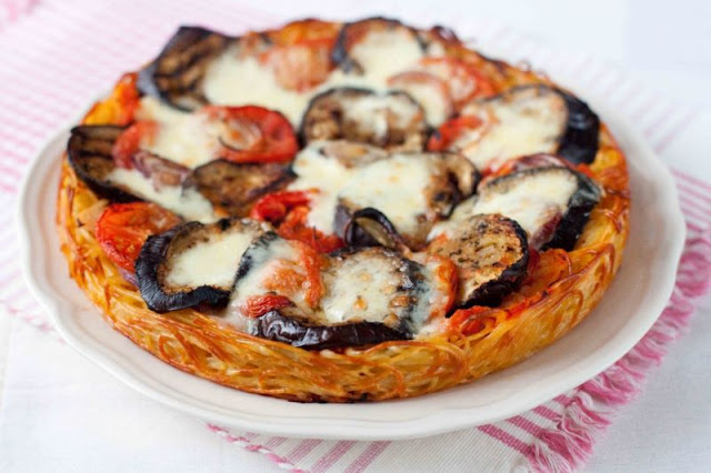 makaornowa pizza z bakłażanem