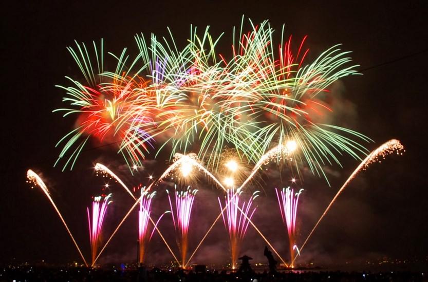 Cara merayakan tahun baru di pantai Losari
